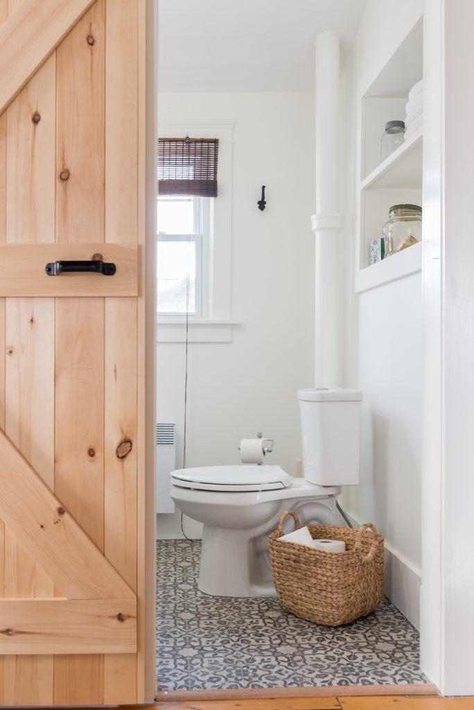 farmhouse bathroom reno
