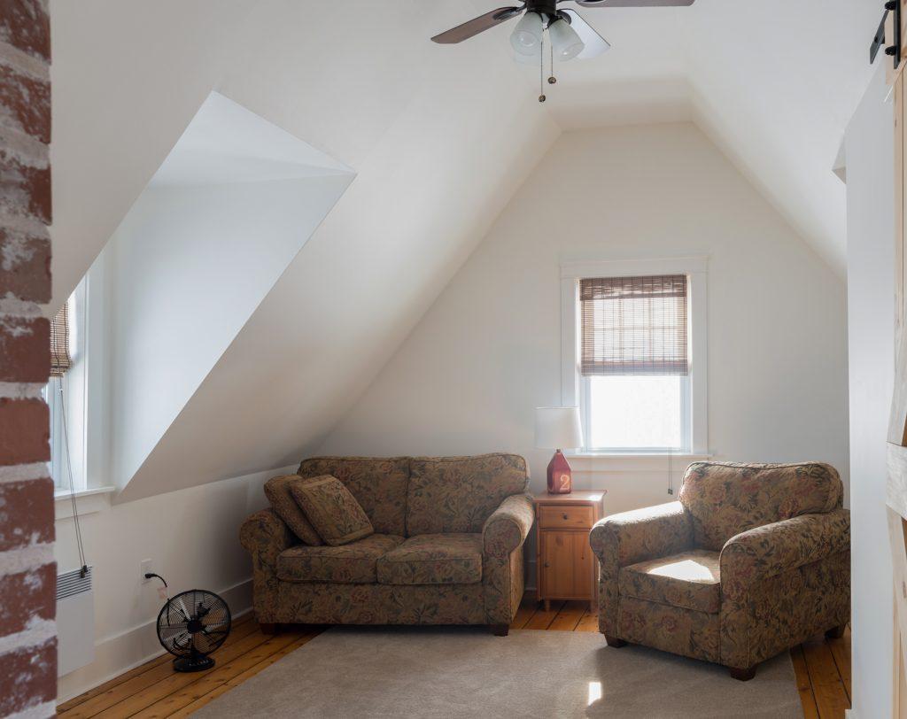 farmhouse reno family room