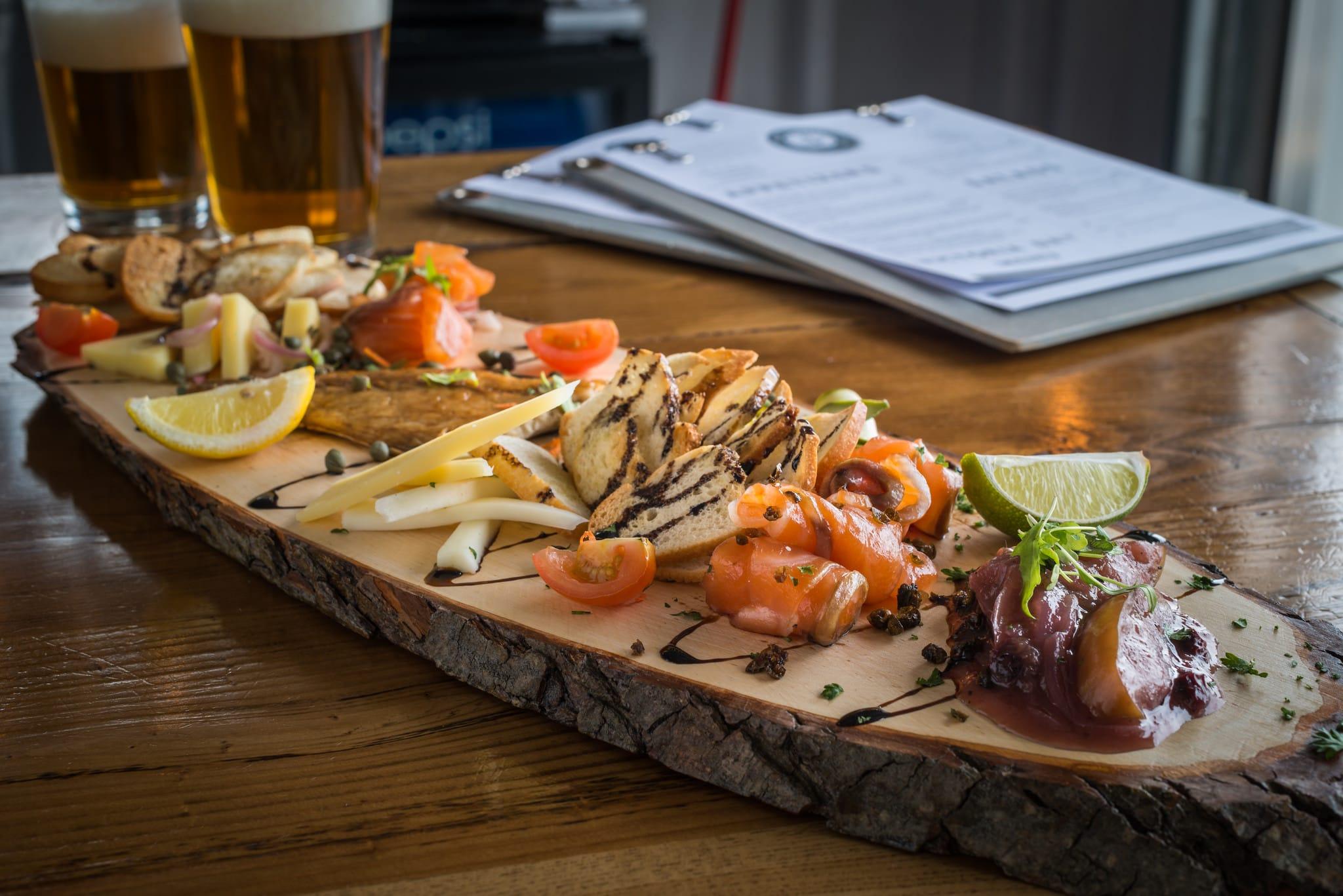 Blue Mussel Cafe salmon board