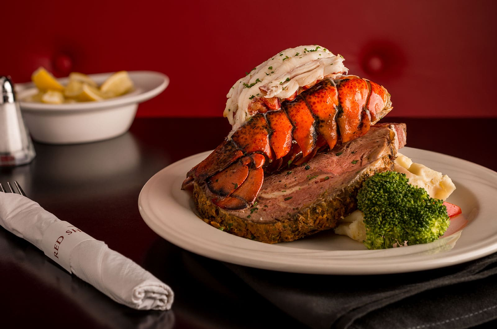 Red-Shores-Casino-Surf-Turf